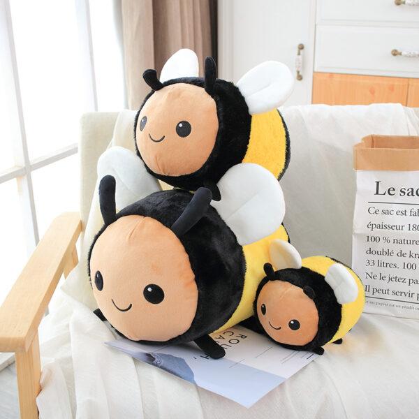 śmieszny pluszak w kształcie pszczoły
