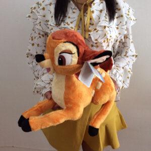 śmieszny pluszak w kształcie sarenki bambi
