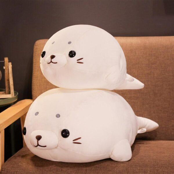 poduszka pluszowa w kształcie foki kolor biały