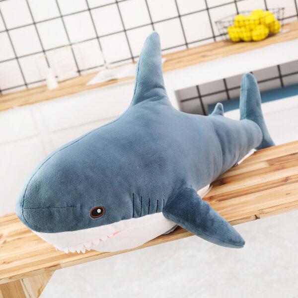 poduszka pluszowa w kształcie rekina