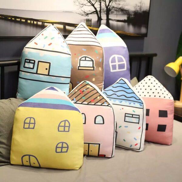 poduszki pluszowe w kształcie domów